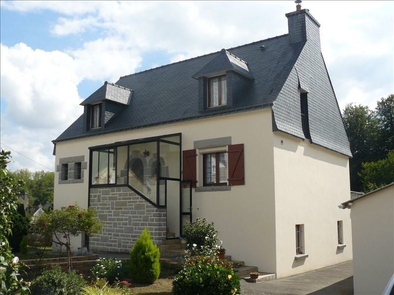 Sale house / villa Josselin 189900€ - Picture 1