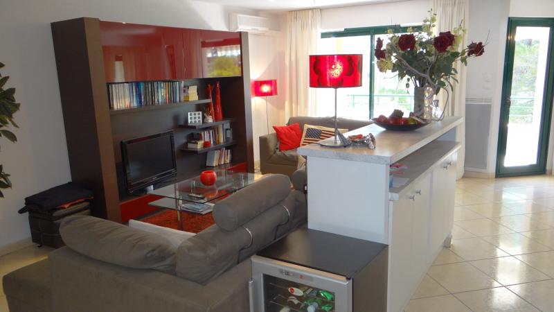 Sale apartment Cavalaire 477000€ - Picture 3