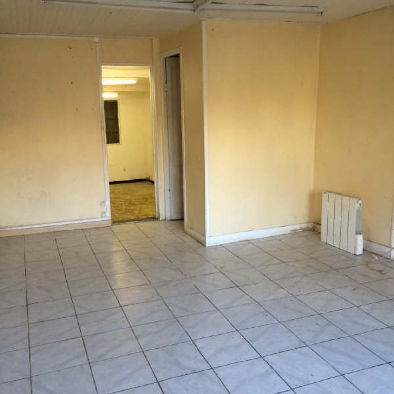 Location boutique Sarcelles 650€ HT/HC - Photo 4