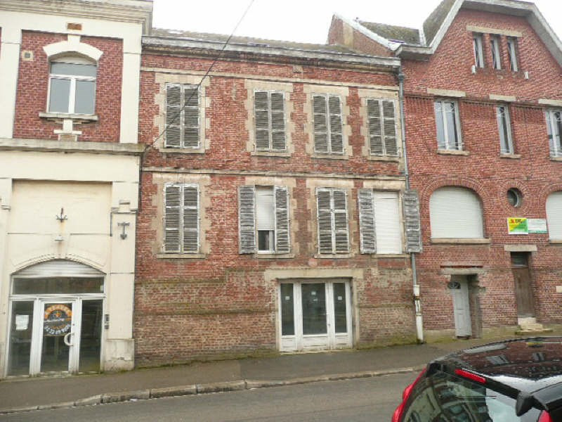 Investment property building St quentin 105 000€ - Picture 1