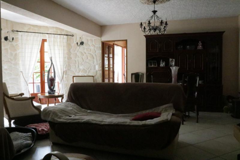 Deluxe sale house / villa Le puy-sainte-réparade 745000€ - Picture 4