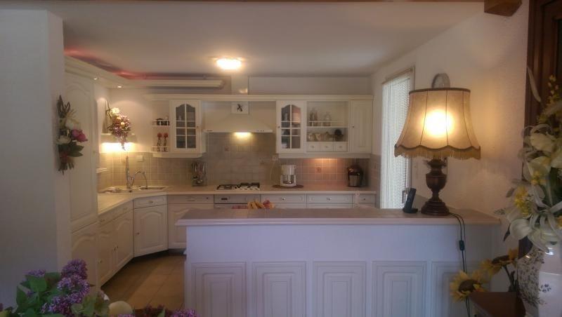 Sale house / villa Geovreissiat 327000€ - Picture 4