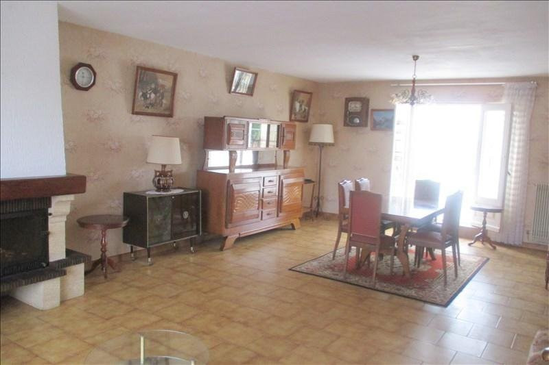 Sale house / villa Touvre 252000€ - Picture 7