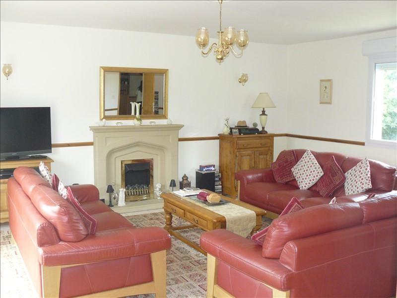 Sale house / villa Josselin 252250€ - Picture 6