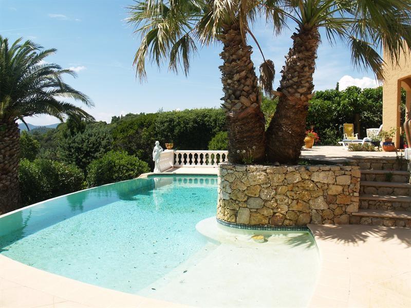 Sale house / villa Les issambres 988000€ - Picture 3