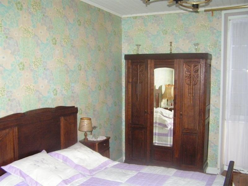 Sale house / villa Montguyon 265000€ - Picture 7