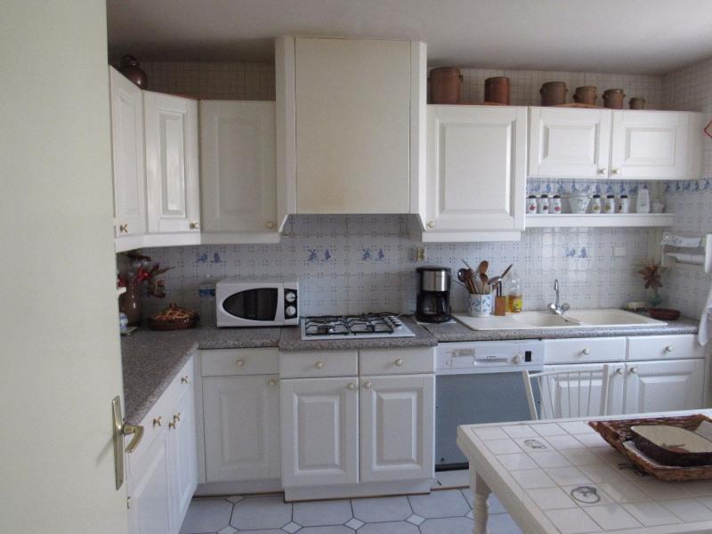 Sale house / villa Lesigny 365000€ - Picture 5
