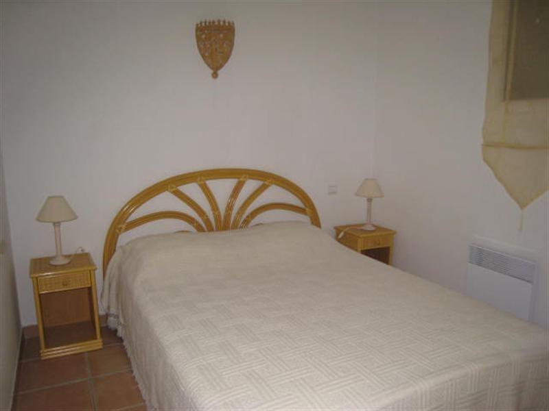 Location vacances appartement Cavalaire 520€ - Photo 5