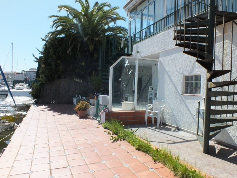 Location vacances appartement Roses santa-margarita 448€ - Photo 14
