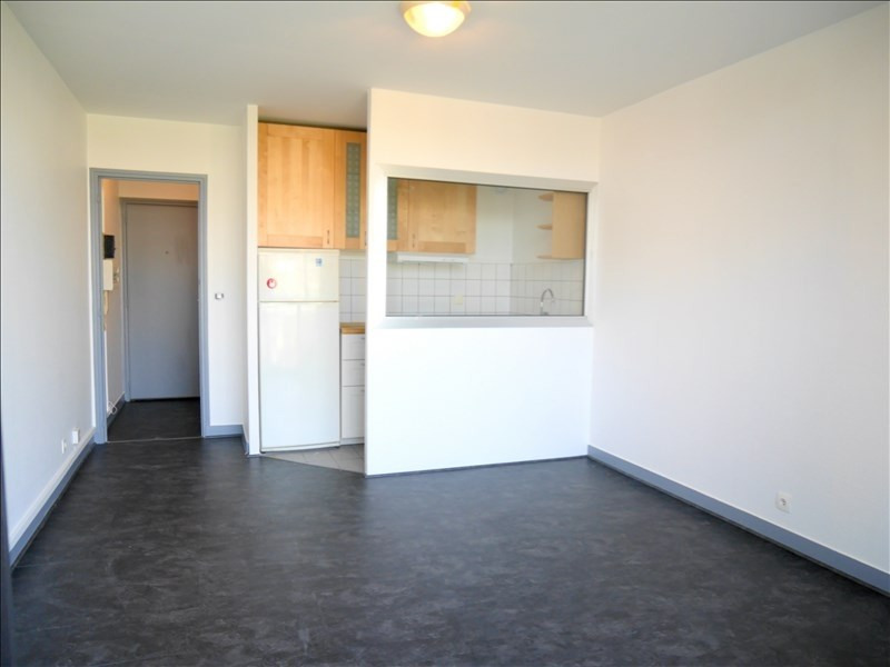 Location appartement Villemomble 595€ CC - Photo 1
