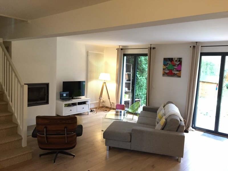 Sale house / villa Lesigny 377000€ - Picture 1