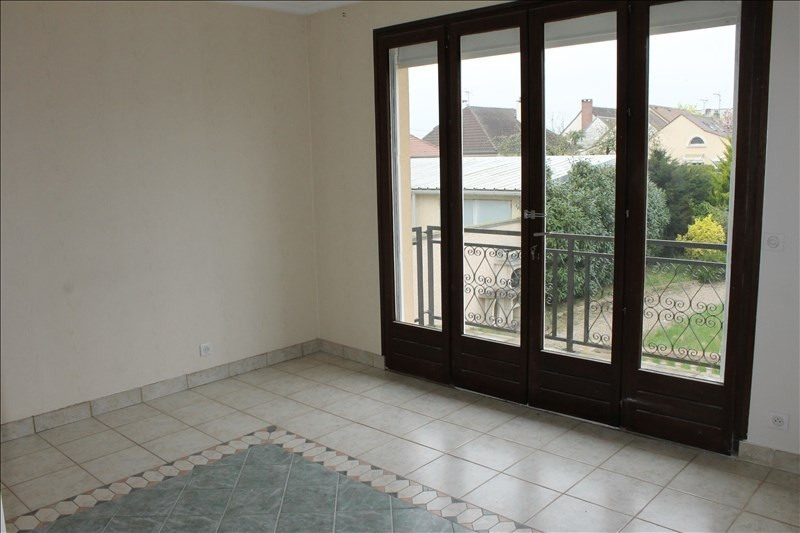 Rental apartment Osny 1 040€ CC - Picture 8