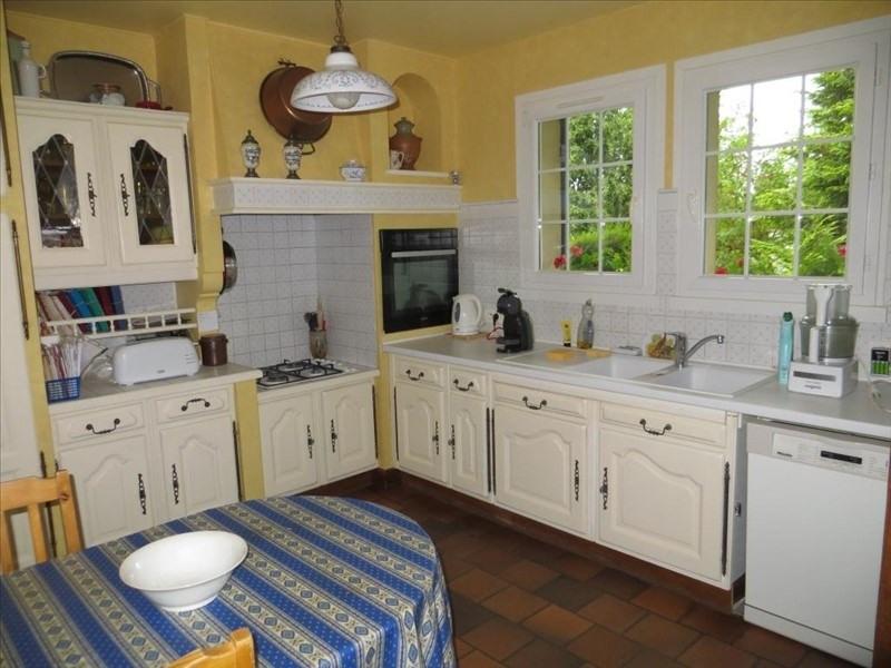 Sale house / villa Montfort l amaury 435000€ - Picture 5