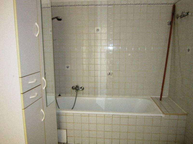 Alquiler  apartamento Lambesc 800€ CC - Fotografía 9