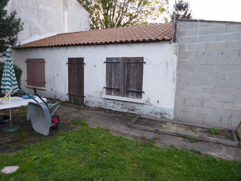 Sale house / villa Sainte soulle 140000€ - Picture 4