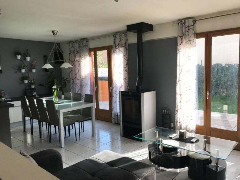 Vente maison / villa Saint-laurent-du-pont 264000€ - Photo 3