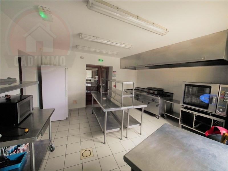 Sale house / villa St pierre d eyraud 328000€ - Picture 4