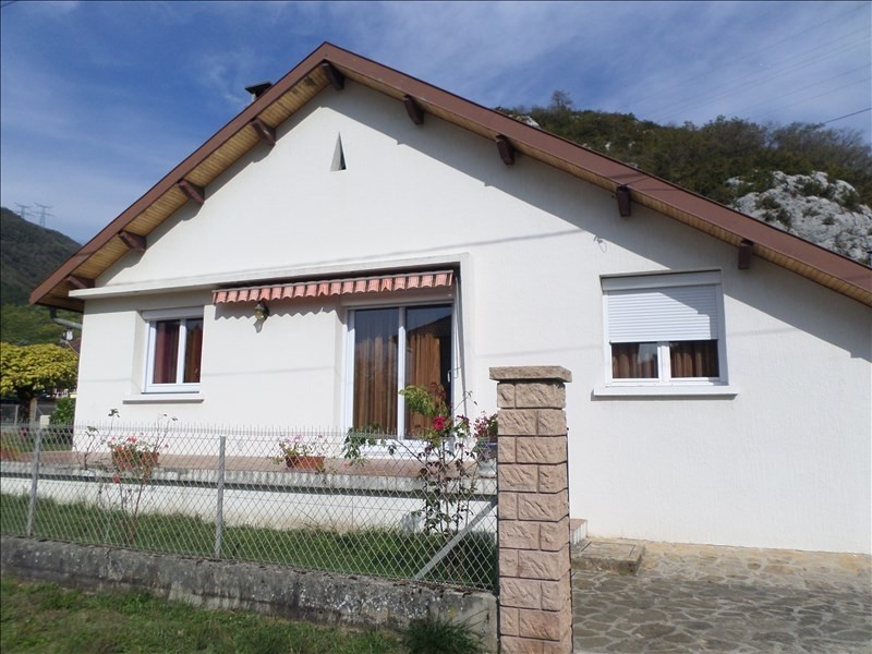 Sale house / villa Thoirette 145000€ - Picture 1