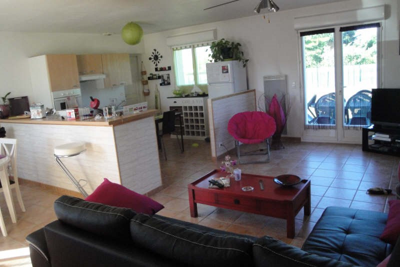 Location maison / villa Brax 700€ CC - Photo 3