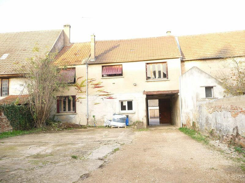 Sale house / villa St jean de losne 85000€ - Picture 1