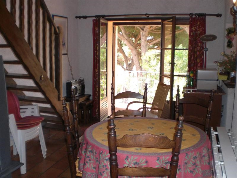 Vacation rental apartment Les issambres 565€ - Picture 3