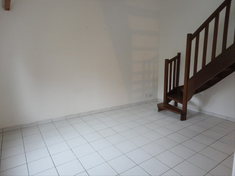 Rental apartment Bures sur yvette 639€ CC - Picture 2