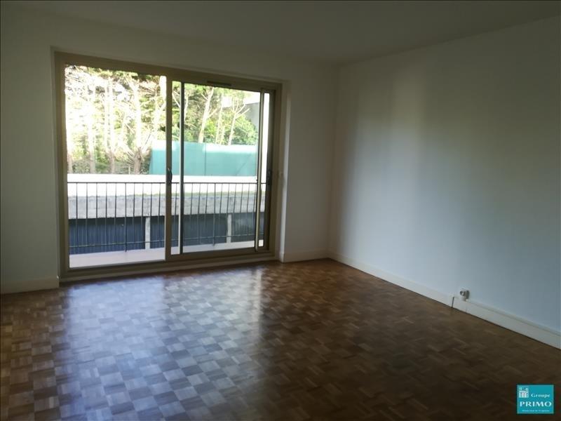Location appartement Le plessis robinson 956€ CC - Photo 8