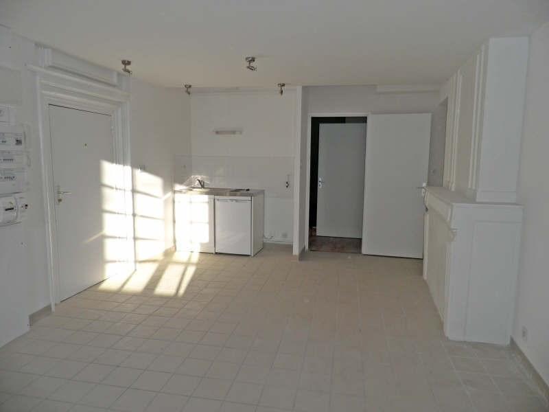 Location appartement Le puy en velay 291,79€ CC - Photo 2