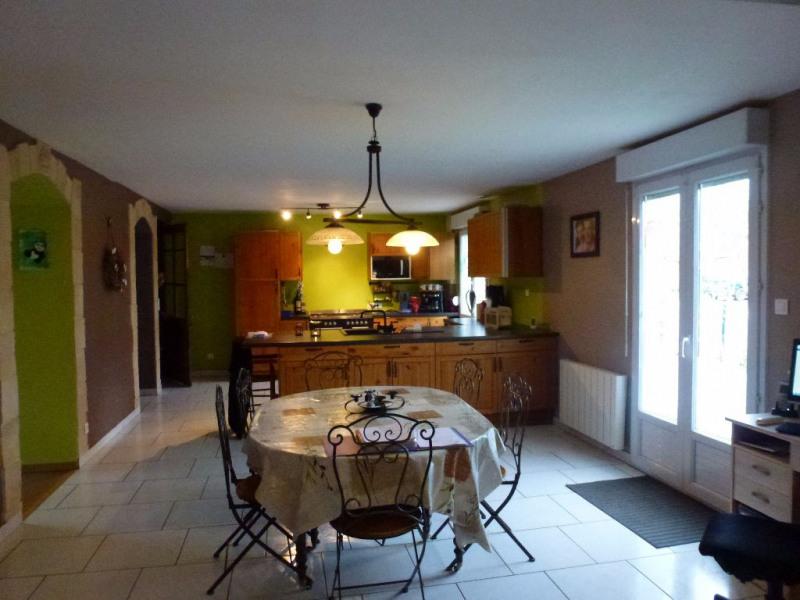 Sale house / villa Formerie 194000€ - Picture 2