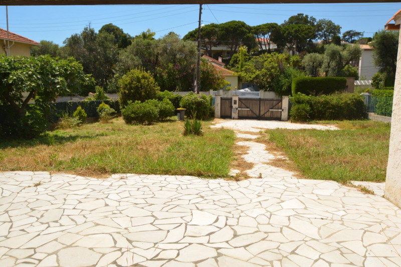 Deluxe sale house / villa Antibes 595000€ - Picture 5