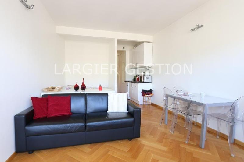 Location appartement Paris 1er 1500€ CC - Photo 2