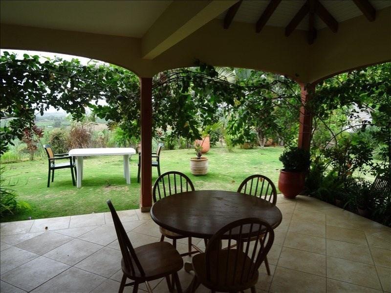 Deluxe sale house / villa Capesterre belle eau 320000€ - Picture 4
