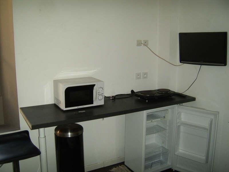 Verhuren  appartement Nimes 350€ CC - Foto 6