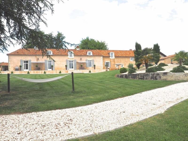 Vente de prestige maison / villa Chateau leveque 647000€ - Photo 2