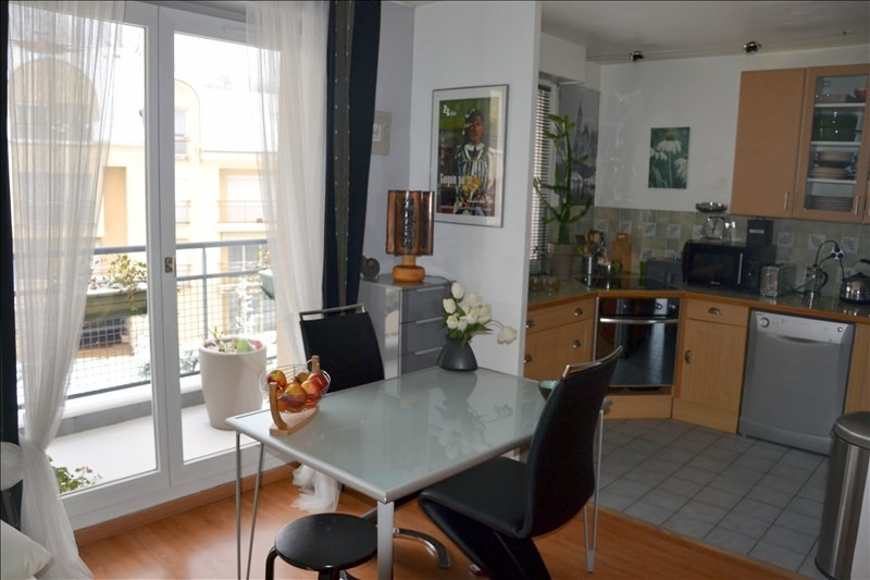 Sale apartment Osny 259 000€ - Picture 2