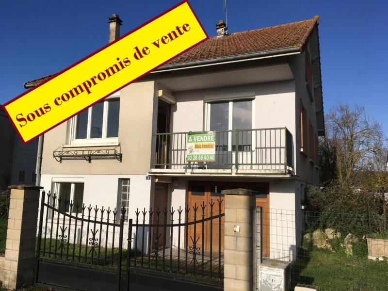 Sale house / villa Châlons-en-champagne 125000€ - Picture 1