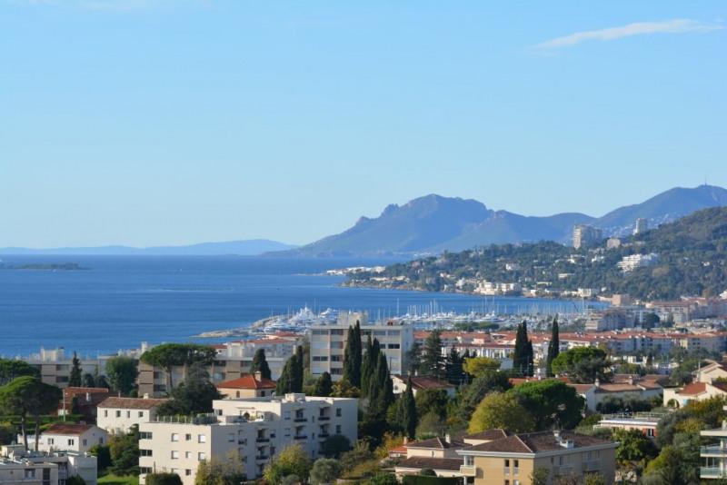 Verkoop  appartement Antibes 300000€ - Foto 1