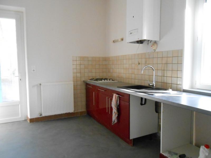 Location appartement Saint-laurent-du-pape 690€ CC - Photo 1