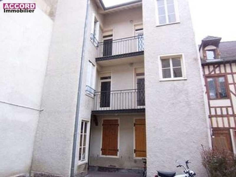 Location appartement Troyes 416€ CC - Photo 1