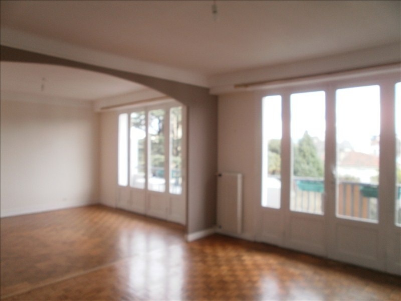 Location appartement Pau 750€ CC - Photo 2