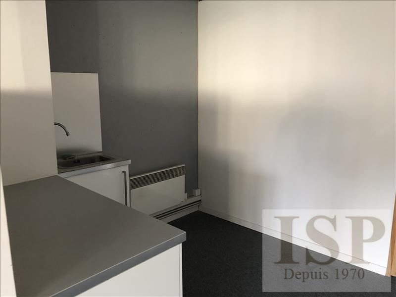 Location local commercial Les milles 450€ HT/HC - Photo 3