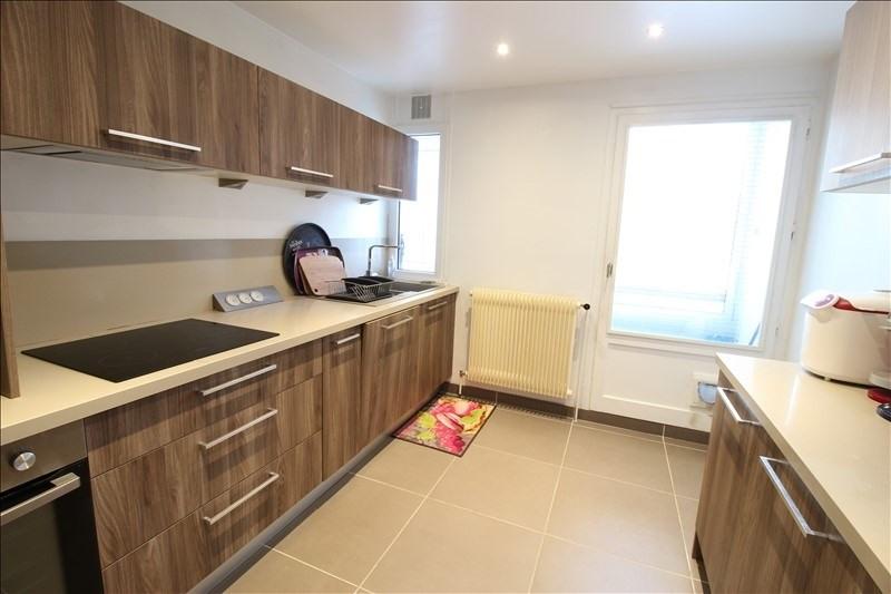 Sale apartment Annecy le vieux 289000€ - Picture 3