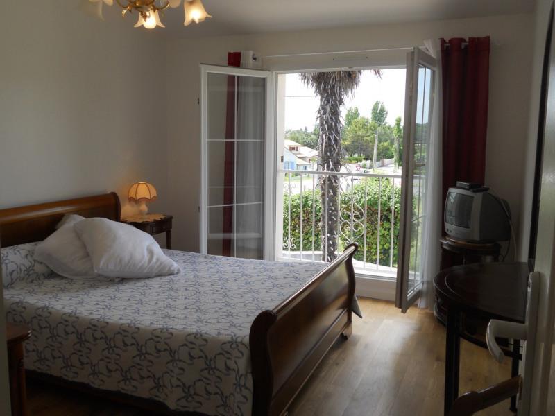 Vacation rental house / villa Saint-palais-sur-mer 438€ - Picture 14