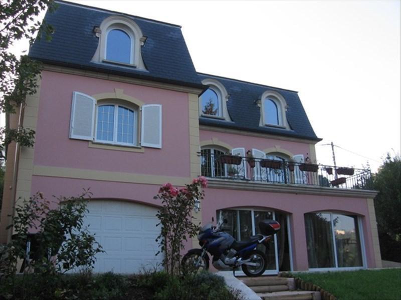 Deluxe sale house / villa Pecq 1160000€ - Picture 1