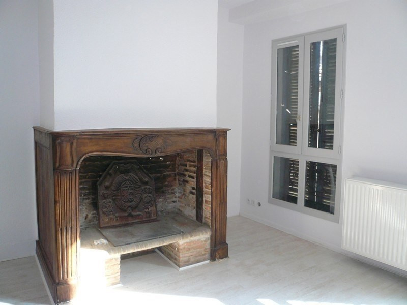 Location appartement Figeac 463€ CC - Photo 1
