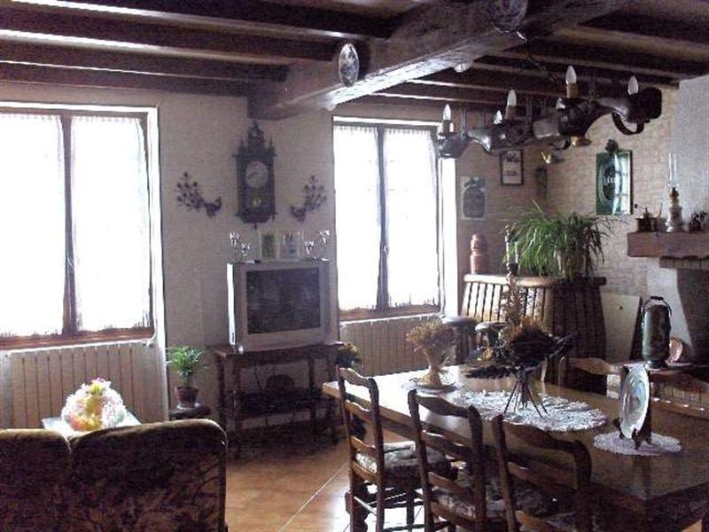 Sale house / villa Saint-porchaire 159000€ - Picture 3