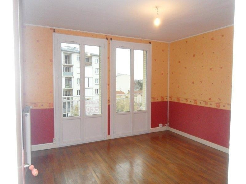 Rental apartment Troyes 532€ CC - Picture 3
