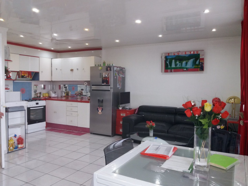 Sale apartment Grenoble 180000€ - Picture 2