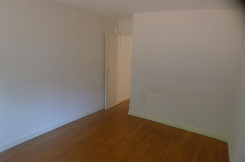 Location appartement Oullins 719€ CC - Photo 2