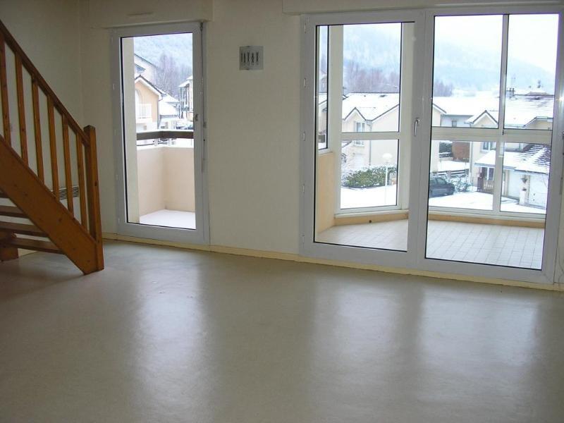 Rental apartment Port 586€ CC - Picture 1